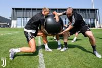 Begini Cara Juventus Buang Higuain ke AS Roma