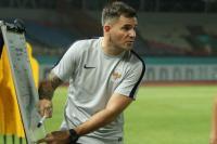 Jelang Timnas Indonesia Turun di Kualifikasi Piala Dunia, Simon Keluhkan Jadwal Liga 1