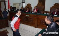 Joko Driyono Divonis 1 Tahun 6 Bulan Penjara