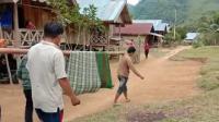 Akses Jalan Sulit, Pasien di Polman Ditandu 15 Kilometer Menuju Puskesmas