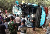 Bus Tabrak Truk Tangki di Lampung, 9 Orang Tewas Mengenaskan