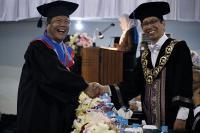 Kakek Gondo, Wisudawan Tertua ITS yang Lulus Berpredikat <i>Cumlaude</i>