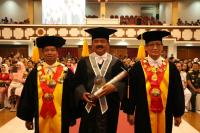 Sah, Panglima TNI Marsekal Hadi Tjahjanto Resmi Menyandang Gelar Doktor Honoris Causa