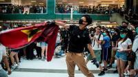 Demonstran Hong Kong Injak-Injak Bendera China, Rusak Mal dan Stasiun