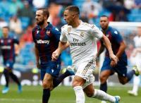 Belum Bisa Bahasa Spanyol, Hazard Abaikan Kritik
