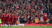Alexander-Arnold Tak Mau Liverpool Remehkan Man United