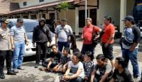 Geng Motor Serang Warung Kopi di Pasuruan, 1 Pemuda Tewas Dibacok