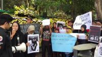 Tuntut Keadilan, Keluarga Pengguna GrabWheels yang Tewas Ditabrak Gelar Tabur Bunga