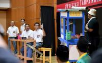 Fakta Nadiem Makarim Berseragam SMA, Disebut Paling Bagus oleh Jokowi