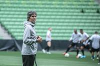 Teco Nyatakan Kesiapan Bali United Hadapi Melbourne Victory