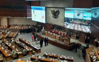Puan Maharani Lantik 2 Anggota PAW untuk Gantikan Edhy Prabowo dan Zainudin Amali