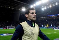 Iker Casillas Resmi Pensiun