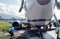 Pesawat Cargo Tergelincir, Aktivitas Penerbangan di Bandara Sentani Ditutup Sementara