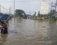 Bantuan Logistik Disalurkan untuk Korban Terdampak Banjir di Jabar