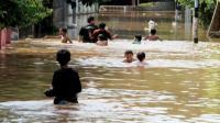 Prosedur Kesehatan Covid-19 Tetap Diterapkan di Pengungsian Banjir Bandung