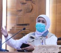 Soal PSBB, Khofifah Sebut Konektivitas Antar Kabupaten Kota di Jatim Hampir Tak Bisa Dipisahkan