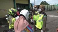 Zona Merah Covid-19, Sejumlah Warga Sidoarjo Masih Nekat Keluar Tanpa Masker