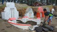 Puluhan Kuburan Warga Tionghoa Rusak Dihempas Gelombang di Aceh