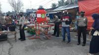 New Normal, Pasar Tradisional di Pekanbaru Dijaga Polisi