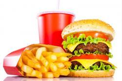 """HARI MERDEKA: Habis Upacara Bendera Buruan Merapat ke 5 Restoran Fast Food yang """"Ngasih"""" Harga Miring di 17 Agustus"""