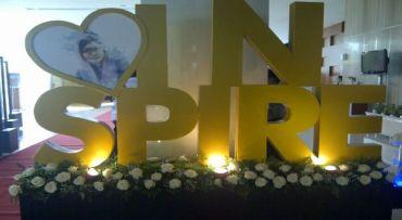 Bunga untuk Karen Agustiawan di Hari Terakhirnya