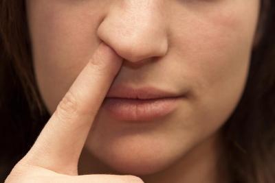7 Cara Menghilangkan Kebiasaan Mengupil