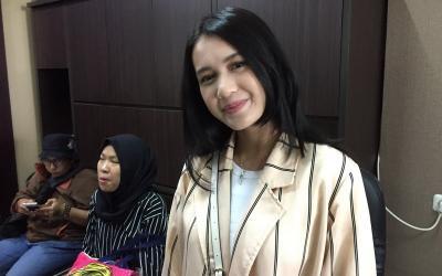 Dhea Imut Jawab Gosip Akan Menikah