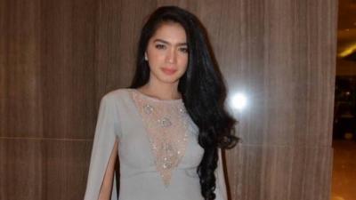 Angel Karamoy Bantah Isu Pernikahan dan Mualaf