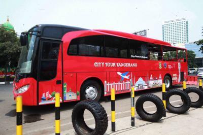 Asyiknya Keliling Taman dan Landmark Kota Tangerang dengan Bus Wisata