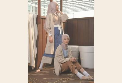 Inspirasi Busana Hanbok untuk yang Berhijab