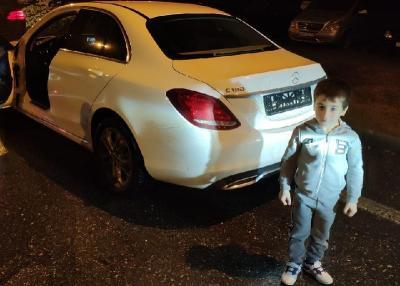 Lakukan Push-up 4.105 Kali, Bocah 5 Tahun Ini Dihadiahi Mercedes