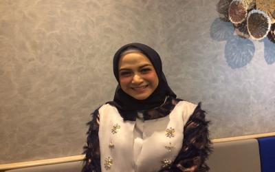 Nina Zatulini Gemetaran Dengar Pesawat yang Dinaiki Suami dalam Keadaan Rusak