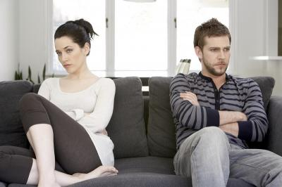 5 Perkataan yang Harus Dihindari Lelaki di Depan Pasangannya