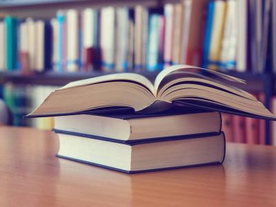 Sering Rusak, Ini Cara Menjaga Buku yang Sampulnya Tipis