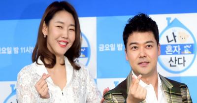Agensi Bantah Rumor Putus Pasangan Jun Hyun Moo dan Han Hye Jin