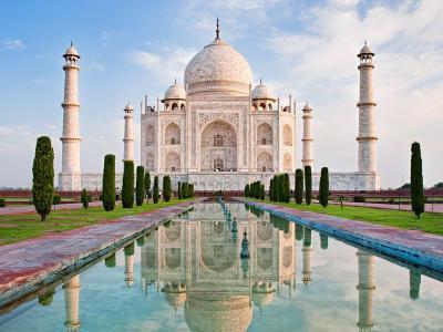 Kurangi Pengunjung Lokal, Tiket Masuk Taj Mahal Dinaikkan 5 Kali Lipat
