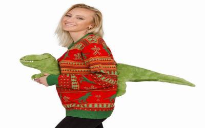Sweater Dinosaurus hingga Penghangat Hidung, 10 Kado Natal Paling Aneh Pernah Ada