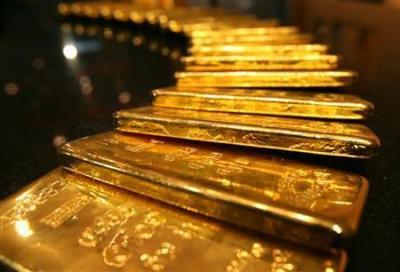 Harga Emas Turun Imbas Menguatnya Dolar AS