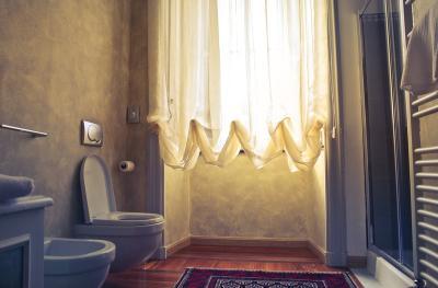 6 Cara Mengatasi WC Jongkok yang Mampet