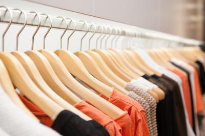 May Dita Ginting, Personal Shopper Khusus Fesyen Mewah yang Harganya Selangit