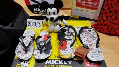 Rayakan Ultah 90 Tahun, Sandal Jepit Ini Keluarkan 10 Edisi Limited Mickey Mouse