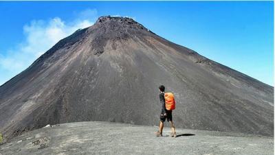 Kembali Erupsi, Gunung Soputan Memiliki Sederet Keindahan Wisata di Sekitarnya