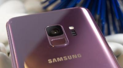 Kamera Depan Galaxy S10 Bakal Lebih Kecil dari Galaxy A8S