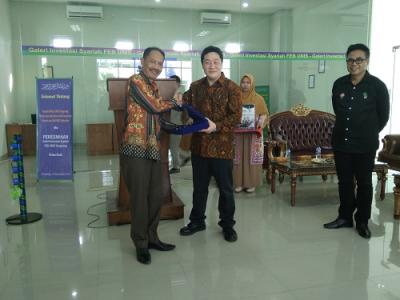 Tingkatkan Investasi Pasar Modal, MNC Sekuritas Buka Galeri Investasi Syariah di UNIS Tangerang