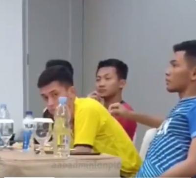 Gemasnya Kelakuan Pebulutangkis Fajar Alfian dan Rian Ardianto di Luar Lapangan, Netizen: Minta Dibungkus Banget Yaaaa