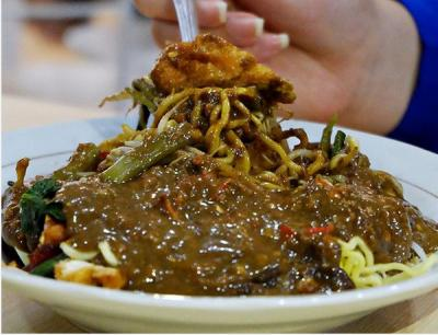 5 Lokasi Wisata Kuliner di Sekitar Jalan Raya Gubeng Surabaya