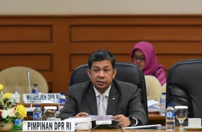 Fahri Hamzah Sayangkan Ma'ruf Amin Irit saat Debat Pertama