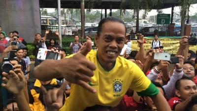 Ronaldikin Meninggal Dunia, Netizen Berduka