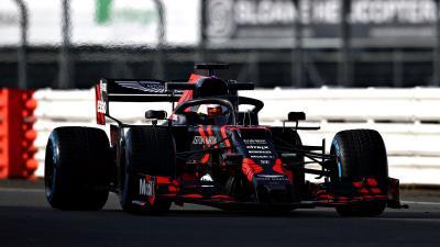 Luncurkan Mobil untuk F1 2019, Red Bull Racing Hadir dengan Wajah Baru