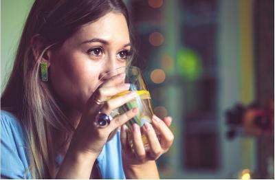 Cara Cepat Redakan Cegukan saat Makan